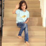 tričko světle modrý šťastný pašík na bílém krátký rukáv 3-4 roky