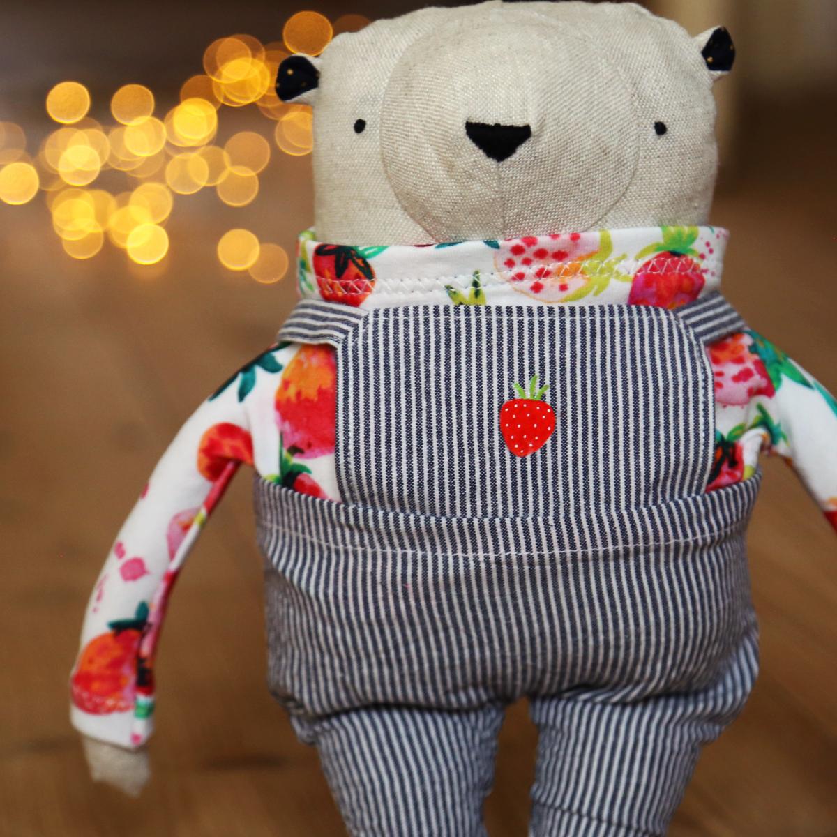 allydesign medvěd hračka originální jahoda